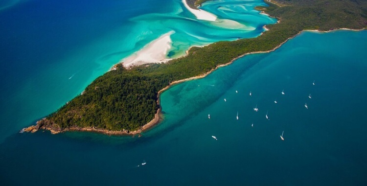 stay hidden at the whitsundays